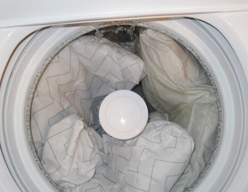 Как стирать подушку из пера в машинке - автомате
